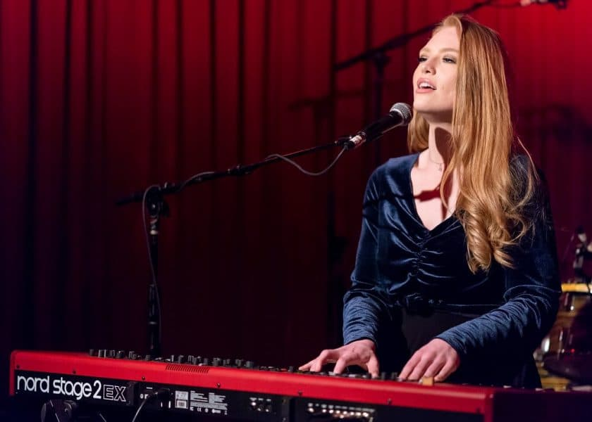 Performing with Music Keyboards