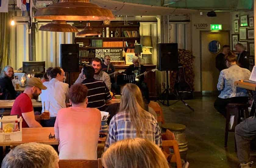 Hall and Woodhouse Portishead Open Mic Night