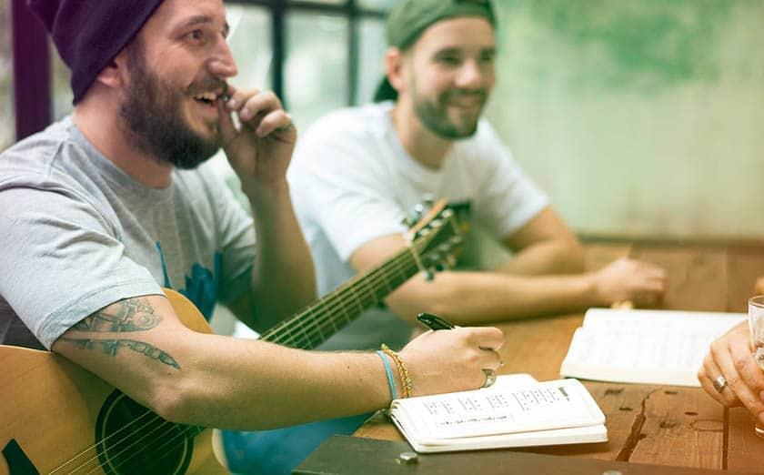 Co-write songs online