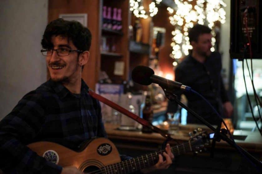 Edinburgh Wednesday Open MicsFootlights Bar: Open Mic Night