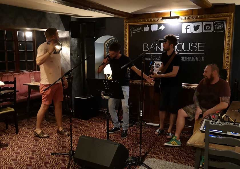 The Bankhouse Inn: The Talent LAB Open Mic