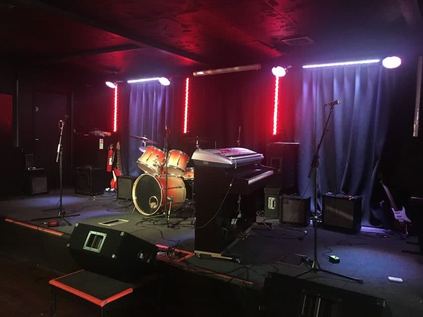 open mic hermit club essex
