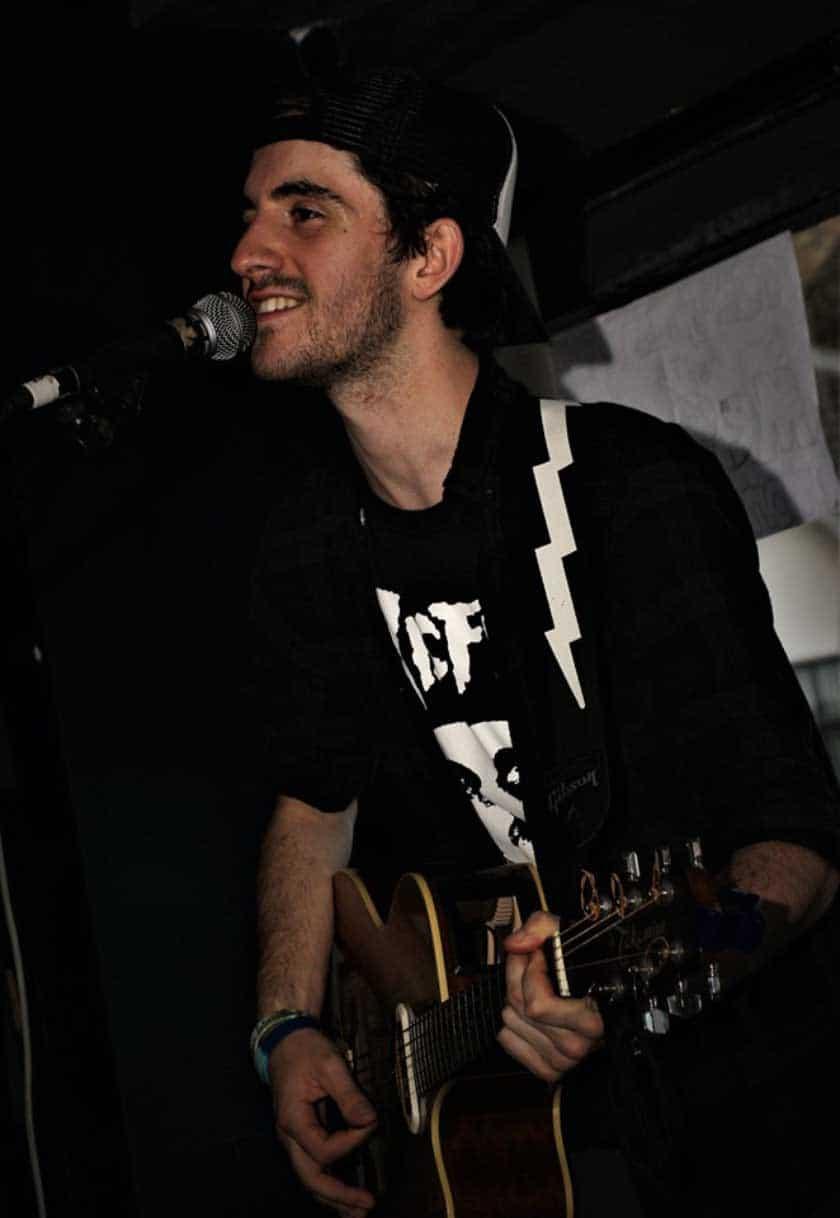 Hull open mic nights