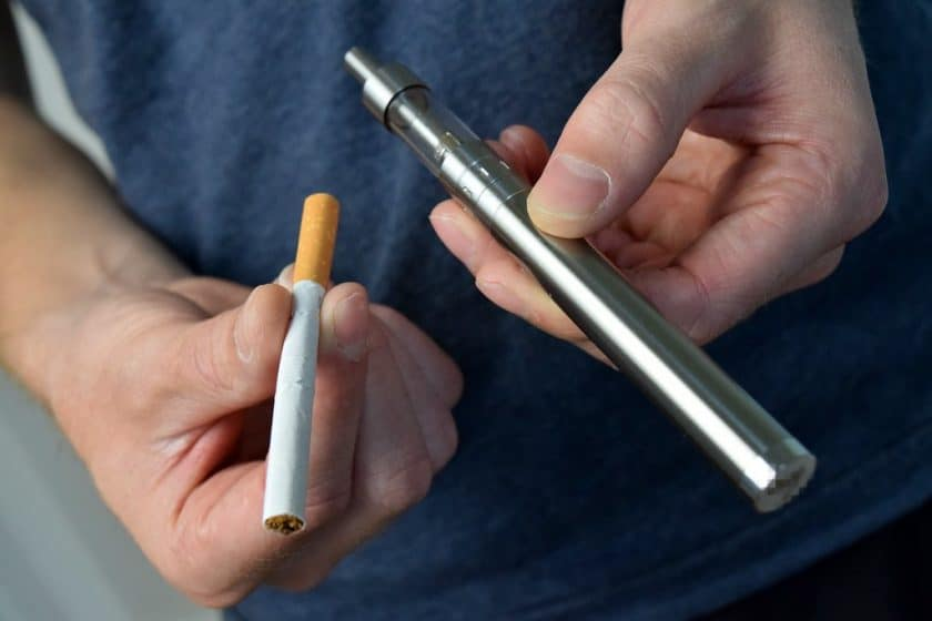 Vaping & Smoking | Does It Affect Your Singing? How to Ruin