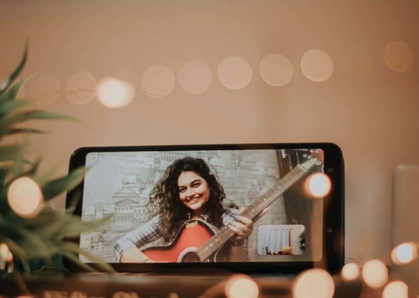 why singers should video themselves