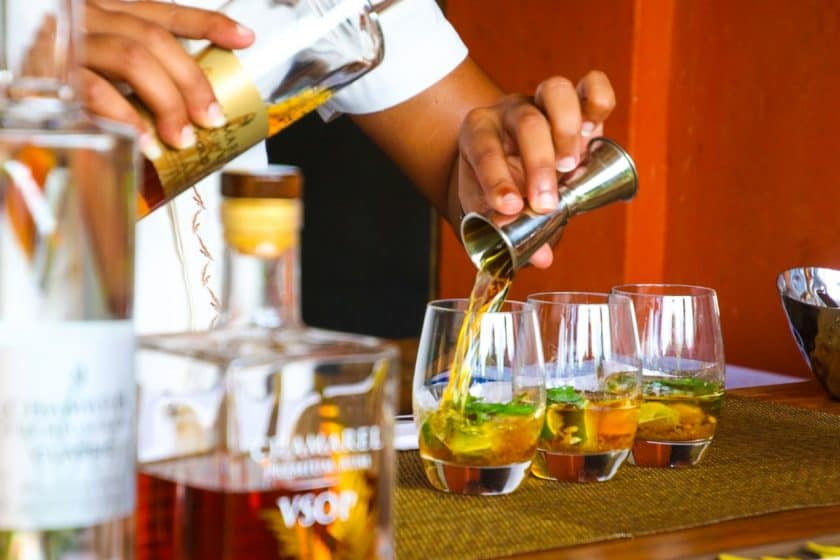 How does alcohol affect singers?