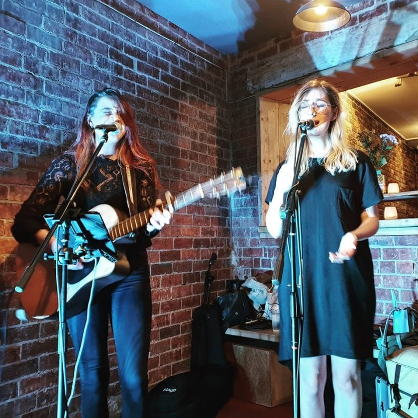 The Dog and Moon: Sunday Sessions with Emma Buckley