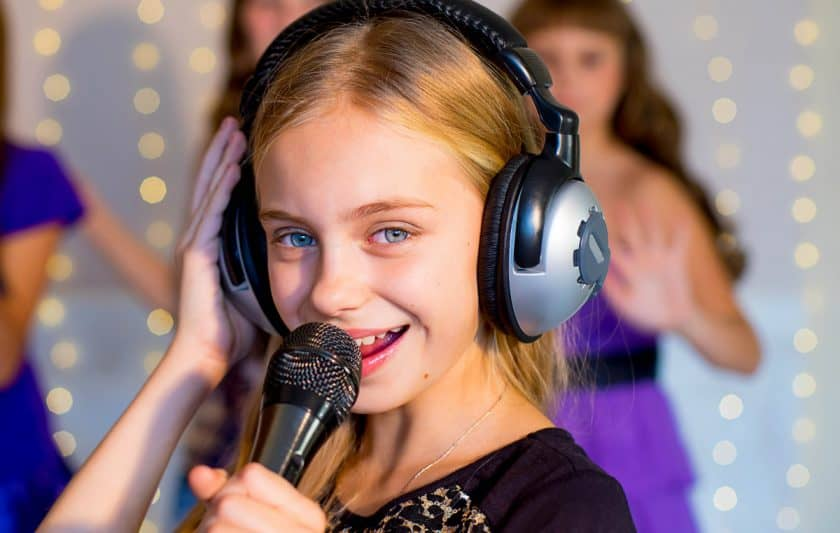 how to become a famous kid singer