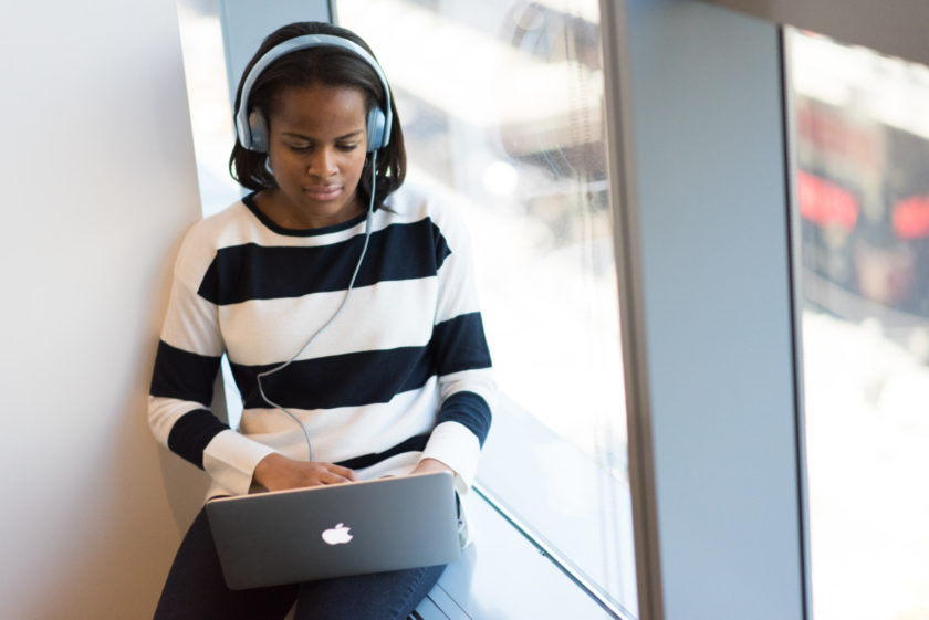 does listening to music improve academic performance