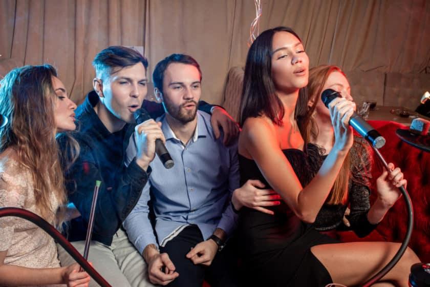 Easy Songs to Sing for Karaoke